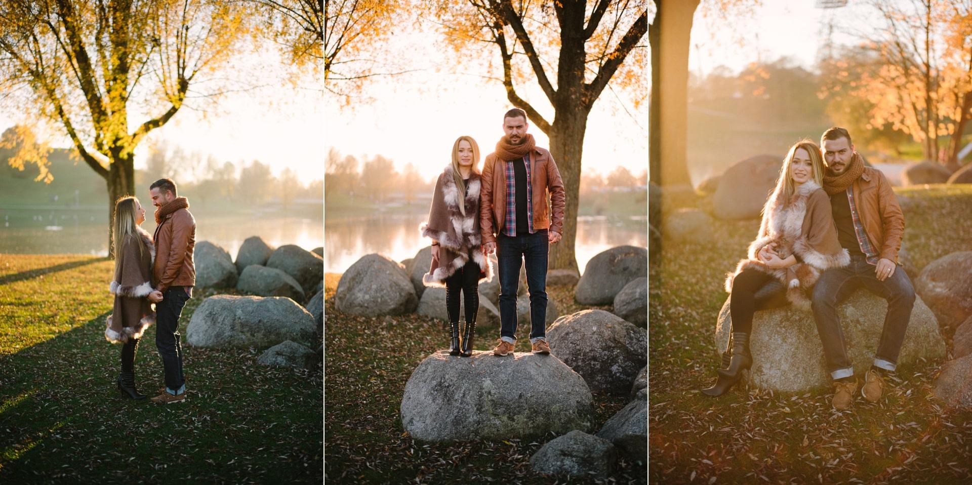 Fotoshooting im Olympiapark im Herbst. Man sieht, das ist auch eine der besten Fotolocations für Hochzeitspaare.