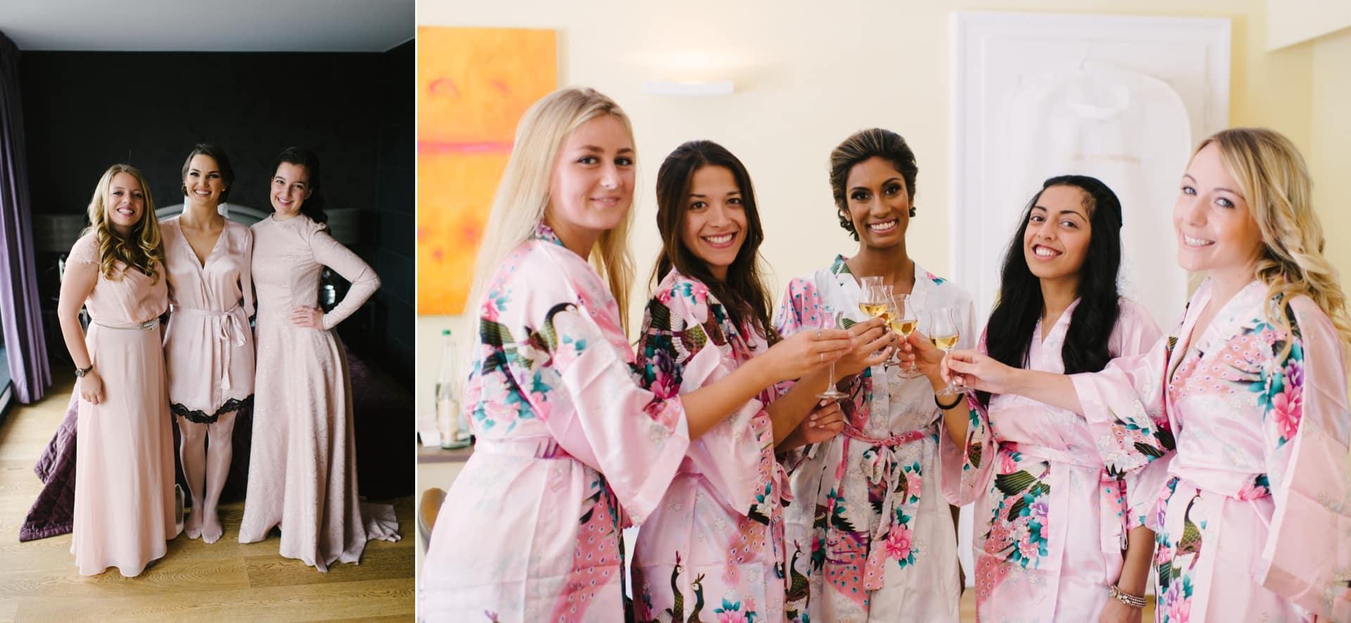 Braut und Brautjungfern im Kimono.