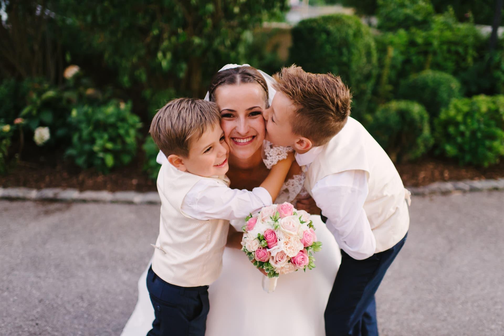 Hochzeit mit Kindern feiern - so genießen Eltern und ...